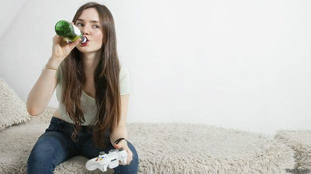 141230104603_beer_girl_drinking_playing_624x351_thinkstock